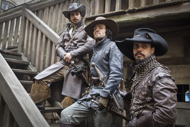 uktv-the-musketeers-s01-e01-9